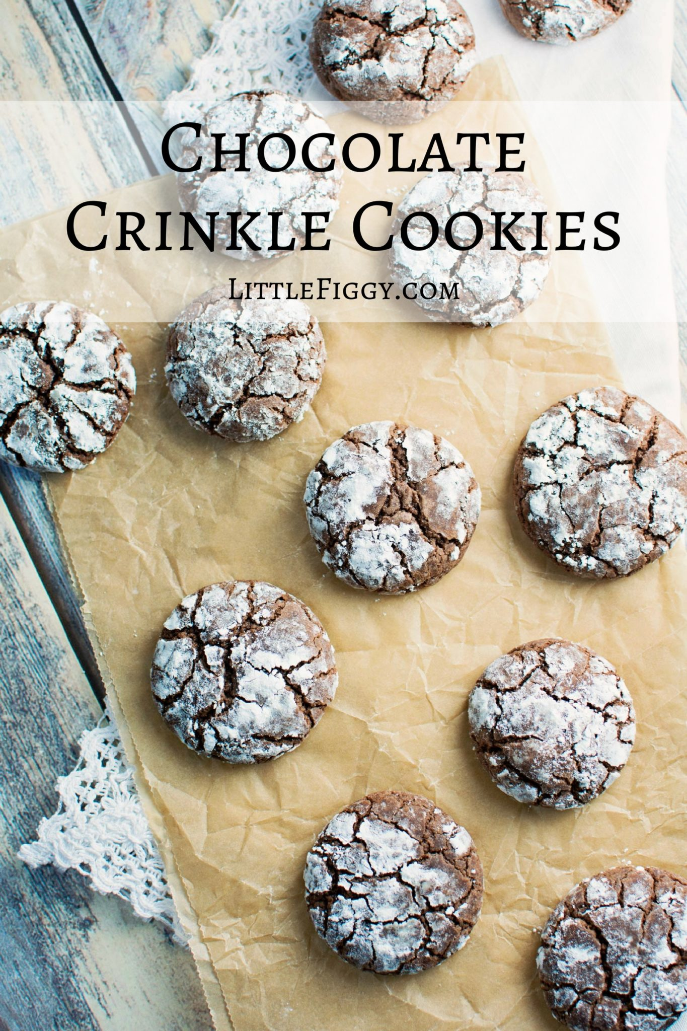 Chocolate Crinkle Cookies! Great anytime, to give as a gift from the kitchen or just because. Recipe @LittleFiggyFood